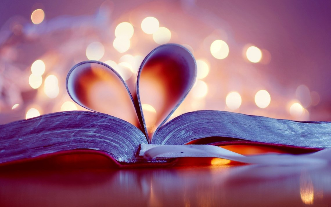 Book_hearts-landscape